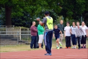 <h5>Guide clapping and track event</h5>
