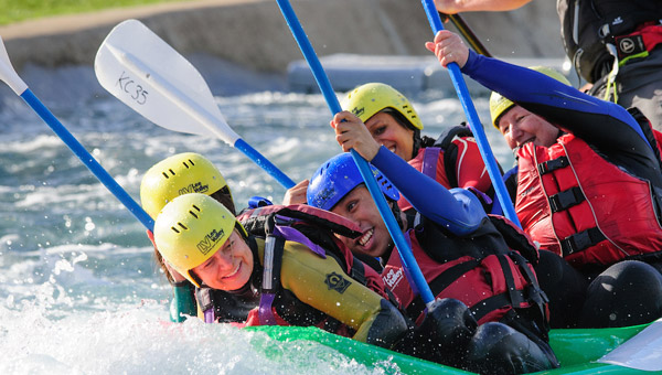 White Water Rafting: Lean and Paddles to the right