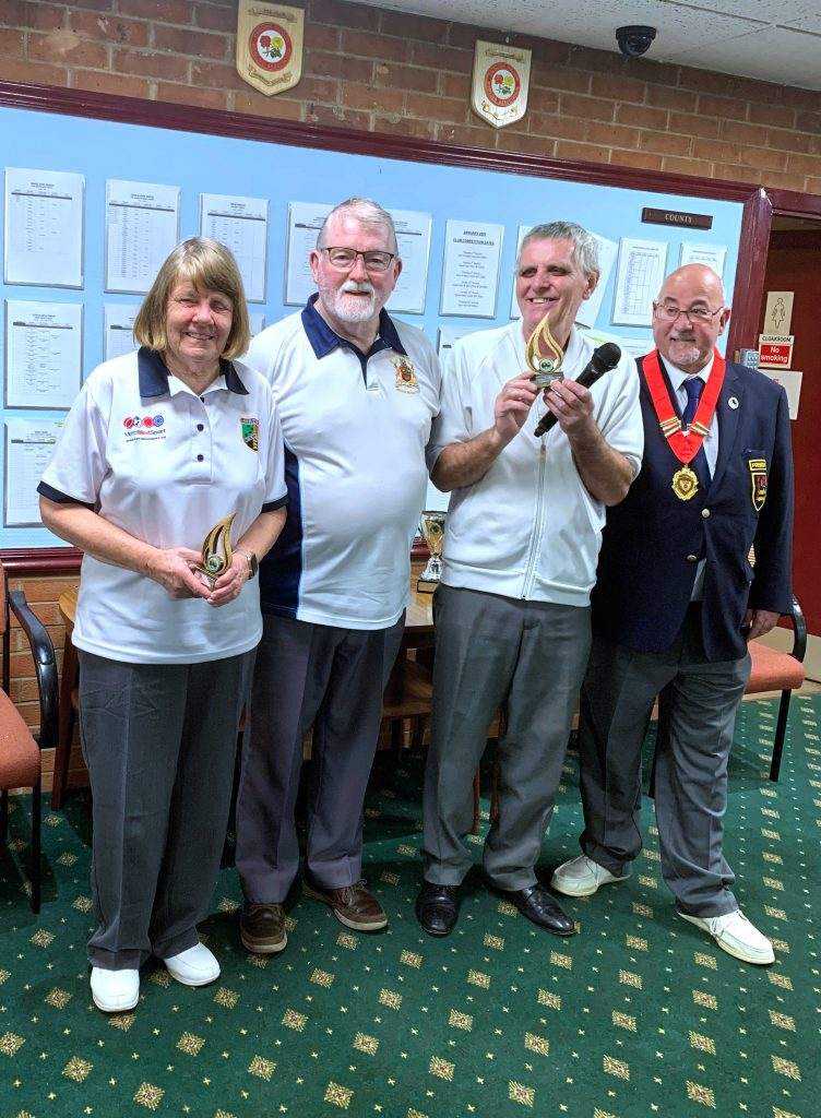 Maureen Ryan & David Mears. (From Metro). Runners up VIBE national indoor bowls pairs tournament Nottingham